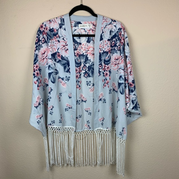 Abercrombie & Fitch Floral Kimono Top 🌺